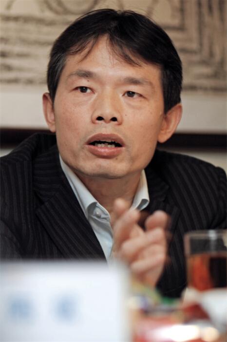 陈新平 中国财政部财政科学研究所金融研究室研究员-当代金融家